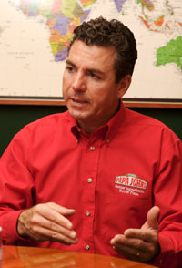 John Schnatter Family http://www.pizzamarketplace.com/article/107032/Q-A-with-John-Schnatter